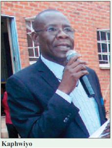 2016-10-malawi-mining-trade-review-charles-kaphwiyo
